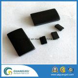 Ferrito nero a magnete permanente con superficie regolare per il commercio all'ingrosso