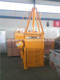 De hydraulische Verticale Pers die van het Papierafval en Machine drukken vastbinden