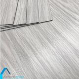 防水最も安い屋内使用法のためのPVCシートのビニールの板のフロアーリング