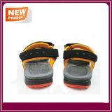 Nuovi sandali della spiaggia di sport di modo