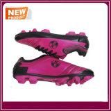 Ботинки футбола способа новые для сбывания