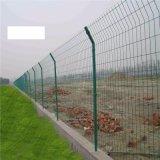 構築のための溶接された曲げられた塀