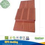 Festes Holzzusammengesetzter Plastikdeckingim freien WPC Decking