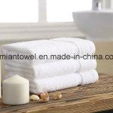 Meilleure vente, de la plaine teints hôtel blanc Serviette de bain, serviette de bain