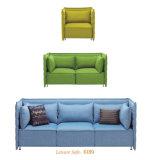 Amerikanische Art passte Schnitthöhen-Rückseiten-Gewebe-Sofa für Büro-Gebrauch an