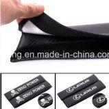 Le carbone de ceinture de sécurité de logo de véhicule couvre des garnitures d'épaule pour Mitsubishi