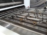 Machine de découpage et se plissante à plat semi-automatique avec l'élément éliminant
