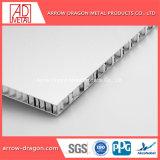PVDF 지붕 덮음 천장 Soffit를 위한 쉬운 조립된 알루미늄 벌집 위원회