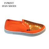 女性の方法ズック靴PVC注入の安い価格
