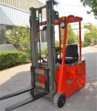 Un carrello elevatore a forcale elettrico pieno delle 3 rotelle con 3m un albero Tka10 delle 2 fasi