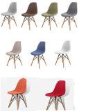 現代イタリアの純粋なカラーパッチワークのプラスチック椅子