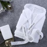 Frauen-mit Kapuze Roben des Plüsch-Hotel/SPA wärmen weißen Bademantel für Erwachsenen und Kinder
