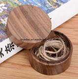 Rectángulos de madera grabados aduana de la pequeña nuez de lujo redonda de la insignia