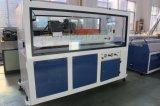 Fenêtre PVC en plastique mural à porte câble du panneau de plafond Profil d'agrégation des machines de l'extrudeuse