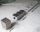 機械を作るプラスチックPVC Windowsのドアの壁の天井板ケーブルの導通のプロフィールの押出機