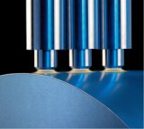 Tratamiento de la superficie de plasma de la máquina para plásticos. Los cuadros. Productos de papel. La botella.