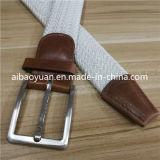 ファッション小物のニットの雪の白い編みこみのウエストベルト