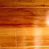 Водоустойчивым высоким пол ламината лоска деревянным прокатанный настилом