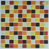 Schwarze weiße Brown-gelbe Glaswand deckt Zubehör-Ozean beflecktes Mosaik mit Ziegeln