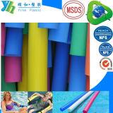 De kleurrijke PE Noedel die van het Zwembad van het Schuim van EVA zwemt Stok drijven