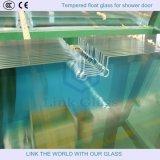 Ausgeglichenes Dusche-Tür-Glas mit Löchern und Kerben