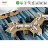 Moderner gerade 4 Sitzbüro-Möbel-Block-Stab-Kombinations-Partition-Arbeitsplatz mit den Querentwurfs-Zelle-Metallbeinen (H50-0206)