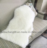 En fausse fourrure moelleux tapis de la peau de mouton