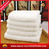 Microfiberの綿の速く重いホテルの浴室の乾燥したタオル