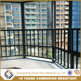 Алюминиевый корпус в стиле ретро апартаментах есть балкон поручни
