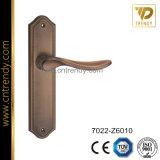 Maniglia di leva in lega di zinco del portello di segretezza del Wc sulla breve piastra di appoggio (7022-Z6101-KR4)