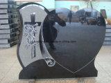 Granito nero che intaglia il monumento del Headstone con singolo cuore