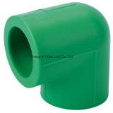 Encaixes de tubulação de PPR com boa qualidade para a fonte de água