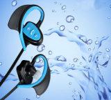 Auricular colgante del auricular del receptor de cabeza de Bluetooth de los deportes del oído de la radio 4.1 impermeables del nivel Ipx8