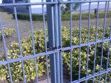 868/656/545 Belüftung-überzogener doppelter Schleifen-Draht-Zaun für Verkauf