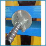 Molde do cimento armado para a parede com feixe da madeira