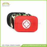 チーム・スポーツのトレーナーの競技場の体操の救急処置ボックス