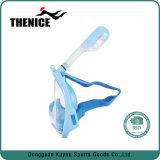 Cara llena de la máscara del tubo respirador de los cabritos con el montaje de Gopro