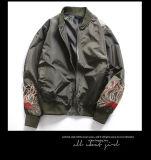 Вышивка куртки полета курток бомбардировщика куртки бейсбола людей новая