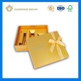 Rectángulo de regalo de papel de lujo con el nudo de la mariposa de la cinta (acabamiento mate del color del oro)