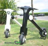 青い歯を搭載する電気スクーターを折る500W 48V 2の車輪