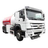 Sinotruk HOWO 6X4 6X6 2500024000litres litres GPL chariot avec distributeur de GPL