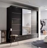 斜めの端の家具ミラー