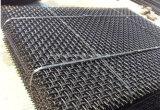 ステンレス鋼の編まれた金網