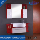 Nuevos muebles de madera montados en la pared de la cabina de cuarto de baño con la cabina lateral