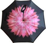 Bene durevole Using l'ombrello d'inversione upside-down invertito della maniglia di C