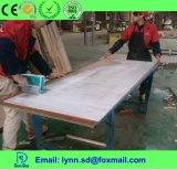 Alto pegamento adhesivo blanco del sólido PVAC para el funcionamiento de madera/el empalme de madera
