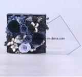 花のローズの維持されたハンドメイドの花