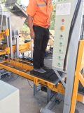 Bloc concret creux manuel faisant la machine