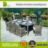 최신 판매 부분적인 옥외 등나무 정원 가구 식탁 세트
