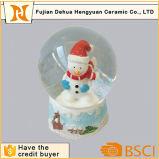 Resina de Decoração de Natal Boneco de Neve de vidro dentro do mundo